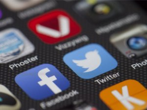Entertain Me! Social Media Content Forms That Will Keep Your Followers Engaged (Part 1)